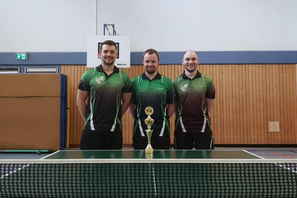 Bezirkspokalsieger der Kreispokalsieger: SV Tanne Thalheim Thalheim mit Florian Escher, David Neuber, Stefan Lange